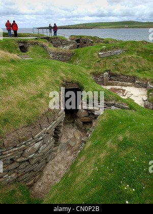 The entrance to a dwelling at the Neolithic settlement of Skara Brae on the Orkney Islands - Stock Photo