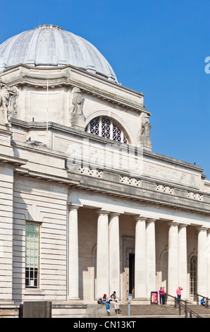 Front facade National Museum Cathays park Cardiff South Glamorgan South Wales GB UK EU Europe - Stock Photo