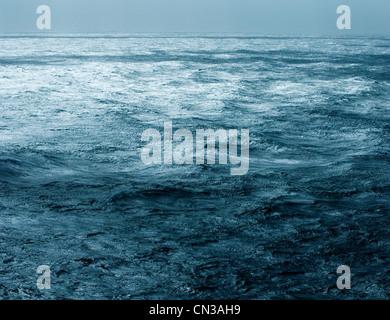 Sea surface and horizon - Stock Photo