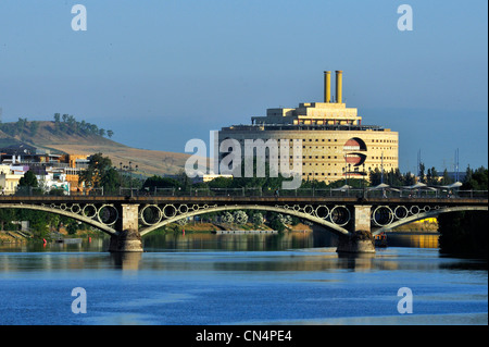 Spain, Andalusia, Seville, Guadalquivir River and site of the 1992 Universal Exposition on La Isla de La Cartuja - Stock Photo