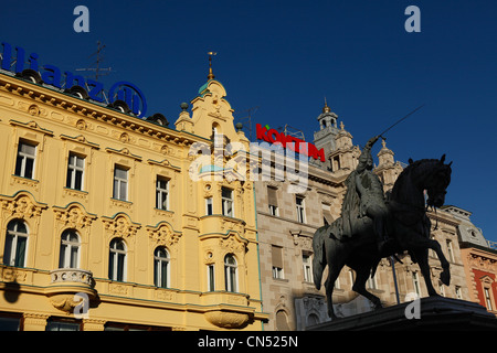 Croatia, Zagreb, the central square with the statue of Ban Josip Selacie - Stock Photo