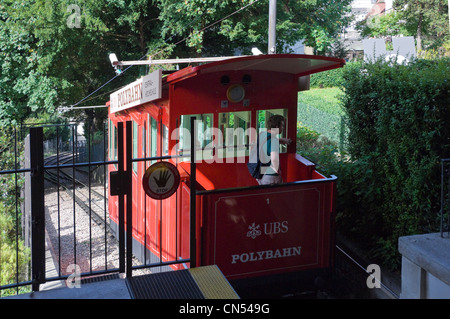 Horizontal view of the UBS Polybahn funicular railway at Eidgenössisches Polytechnikum station on a sunny day. - Stock Photo