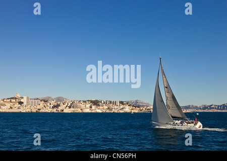 France, Bouches du Rhone, Marseille, sailboat in the harbor - Stock Photo