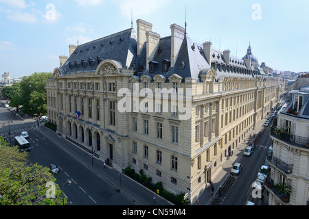 France, Paris, the Sorbonne university in the Latin district - Stock Photo