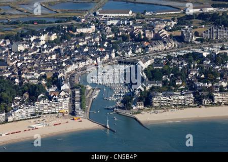 France, Loire Atlantique, Le Pouliguen (aerial view) - Stock Photo