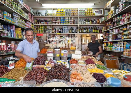 Israel, Tel Aviv, Carmel Market, grocer - Stock Photo