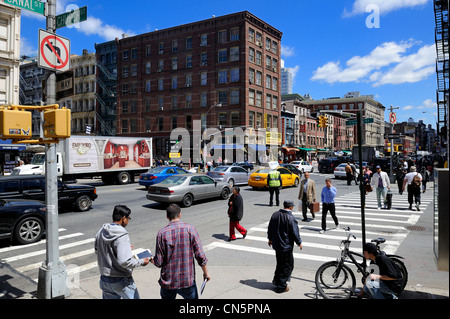 United States, New York City, Manhattan, Canal Street is the link between Tribeca, SoHo and Chinatown - Stock Photo