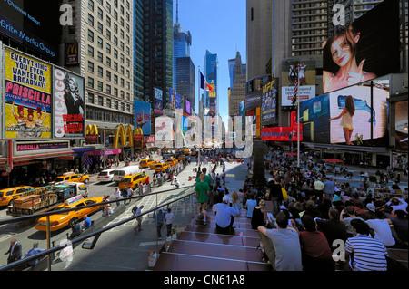 United States, New York, Manhattan, Midtown, Times Square, street scene - Stock Photo