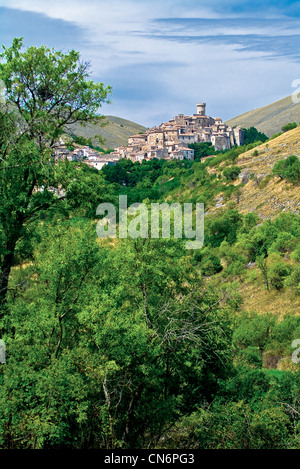 Europe Italy Abruzzi province of L'Aquila  Santo Stefano di Sessanio - Stock Photo