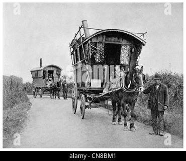 First published 1914 Gypsy caravan Surrey Romani - Stock Photo