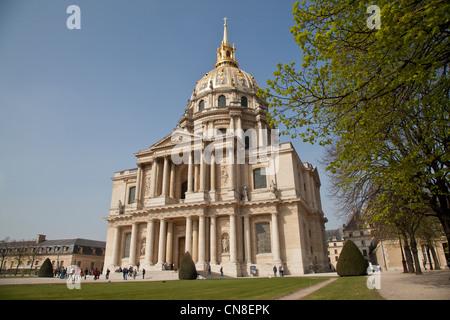 L'Hôtel national des Invalides in Paris - Stock Photo