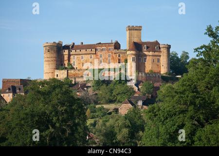 France, Lot, Prudhomat, Castelnau Bretenoux castle - Stock Photo