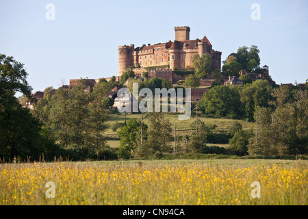 France, Lot, Prudhomat, Castelnau Bretenoux castle - Stock Photo
