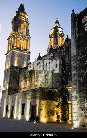 Mexico, Yucatan state, Campeche, a World Heritage of Humanity by Unesco, baroque cathedral Santa Isabel - Stock Photo