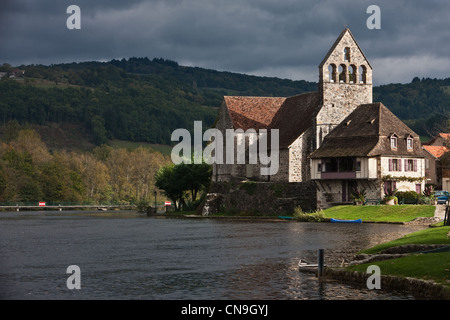 France, Correze, Beaulieu sur Dordogne, penitents'chapel on the banks of the Dordogne - Stock Photo
