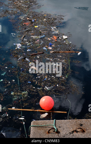 brixham harbour,'Great Pacific Garbage Patch' or 'Eastern Garbage Patch' trash ends up in the world's oceans.  oceanic - Stock Photo