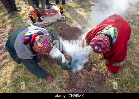 Peru, Cuzco province, Huasao, listed as mystic touristic village, shamans (curanderos), ceremonial offerings dedicated - Stock Photo