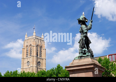 France, Nord, Dunkirk, statue of Jean Bart and the Dunkirk belfry - Stock Photo