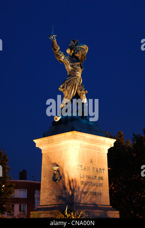France, Nord, Dunkirk, Jean Bart statue at night at the Jean Bart place, the famous French corsair born in Dunkirk - Stock Photo