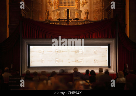 Italy, Piedmont, Turin, Cattedrale di San Giovanni Battista (St John the Baptist Cathedral), solemn exposition of - Stock Photo