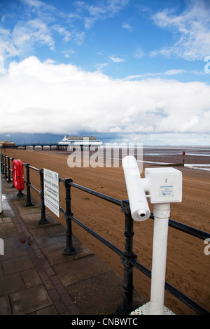 Cleethorpes, Lincolnshire, Pier a traditional victorian pier which is now a nightclub & restaurant viewing telescope - Stock Photo