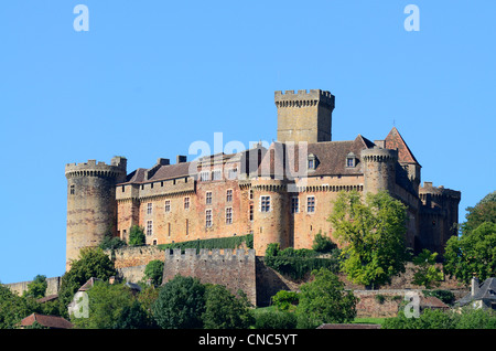 France, Lot, Haut Quercy, Dordogne valley, Castelnau Bretenoux castle - Stock Photo