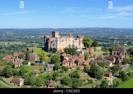 France, Lot, Haut Quercy, Dordogne valley, Castelnau Bretenoux castle (aerial view) - Stock Photo