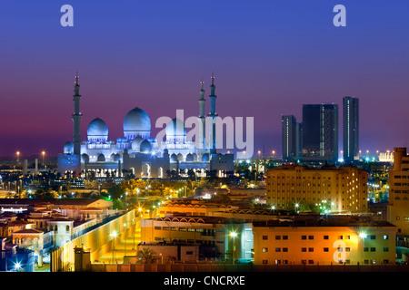 Abu Dhabi , Sheikh Zayed Mosque - Stock Photo
