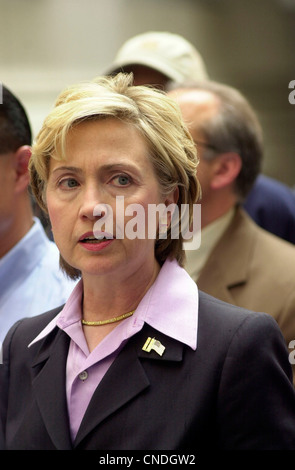 NY Senator Hillary Rodham Clinton holds a news conference in front of the New York Stock Exchange - Stock Photo