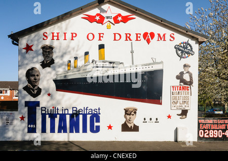 Mural commemorating the Titanic on the Newtownards Road, Belfast - Stock Photo
