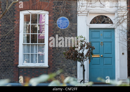 Blue Plaque commemorating poet C. Day-Lewis at 6 Crooms Hill, Greenwich, London SE10 8HL, London Borough of Greenwich. - Stock Photo
