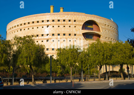Torre de Triana government office building (1993) by Francisco Javier Sáenz de Oiza in Isla de la Cartuja island - Stock Photo