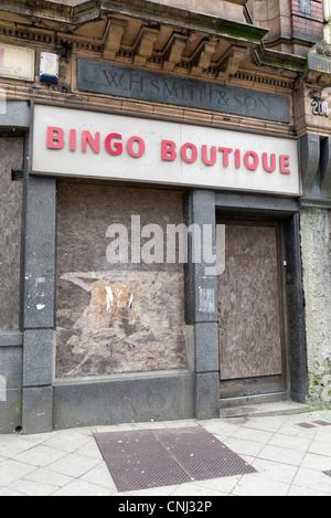 Boarded up Bingo Boutique in Swansea, Wales UK. - Stock Photo