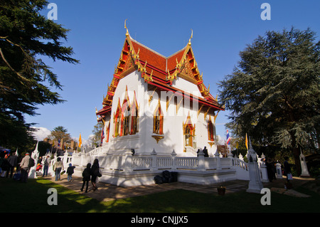 Wimbledon, London, UK, 15 April 2012. At the Thai temple of Wat Buddhapadipa to celebrate Songkran, Thai New Year. - Stock Photo