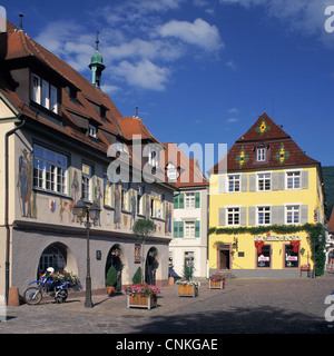 Marktplatz in Haslach im Kinzigtal, Schwarzwald, Baden-Wuerttemberg, Rathaus und Hohes Haus - Stock Photo