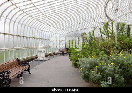 The Victorian Kibble Palace winter gardens in the Botanic ...