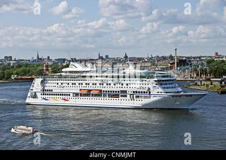 Birka Cruises cruise ship Birka Paradise leaving Stockholm harbour on a cruise to Mariehamn in Aaland - Stock Photo