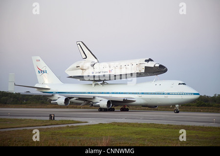 Boeing 747 Space Shuttle Carrier Aircraft 3 View Aircraft ...