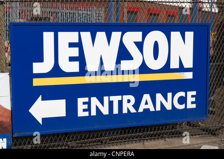 Sign showing the location of Jewson building materials yard - Stock Photo