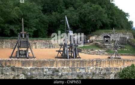[Castelnaud-la-Chapelle] [castle wall] trebuchet - Stock Photo