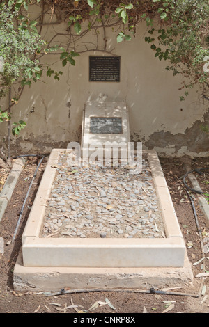 Grave of Harold Dickson (former British Political Agent to Bahrain and Kuwait) in the grounds of The British Embassy - Stock Photo