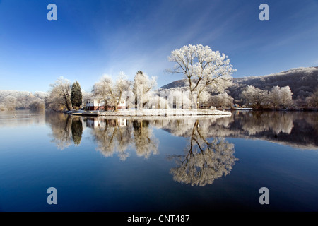 Ruhr valley in winter near Witten with Berger memorial in the background, Germany, North Rhine-Westphalia, Ruhr - Stock Photo