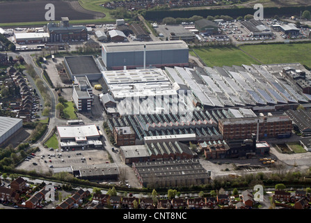 aerial view of factories on Beech Avenue, just off the A38, Burton on Trent, Staffordshire - Stock Photo