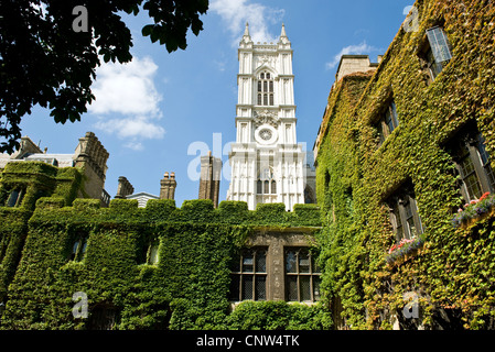 Europe England London, the Westminster abbey cloister - Stock Photo