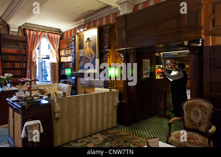 Europe England London, the afternoon tea hall of the Milestone Hotel in Kensington court - Stock Photo