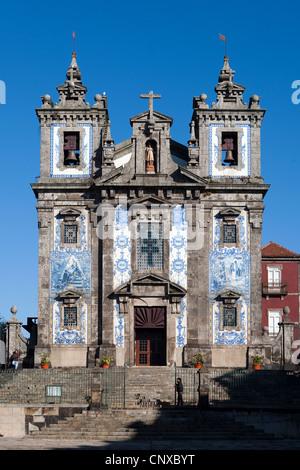 Igreja de Santo Ildefonso (Church of St Ildefonsus), Oporto, Portugal - Stock Photo