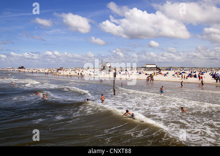 vacationers at the beach of St. Peter Ording, Germany, Schleswig-Holstein, St. Peter Ording - Stock Photo