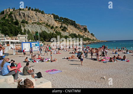 beach scene, France, Bouches-du-Rhone, Cassis - Stock Photo
