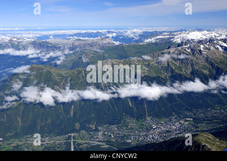 view to Chamonix valley and mountain range, France, Rh�ne-Alpes, Mont Blanc - Stock Photo