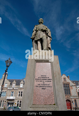 Statue of Charles Gordon Lennox Fifth Duke of Richmond in Huntly Aberdeenshire.  SCO 8148 - Stock Photo